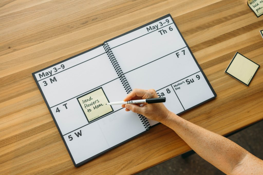 Image of sticky notes in use on the EZ2See Calendar